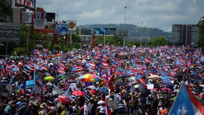 Puerto Ricans in massive protest against governor