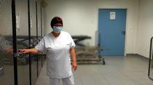 """""""Je suis émue d'avoir été désignée"""" : agent mortuaire à l'hôpital, Valérie Denny est invitée aux célébrations du 14-Juillet"""
