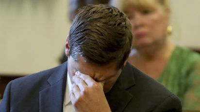 A 2nd mistrial: Jury deadlocks in Ohio cop's murder retrial