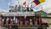 Colombie: les FARC marchent pour la paix sur Bogota