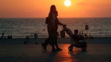 Israeli cabinet tightens coronavirus lockdown as infections climb