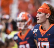 Syracuse QB inexplicably spikes ball on fourth-and-goal to lose game (Video)