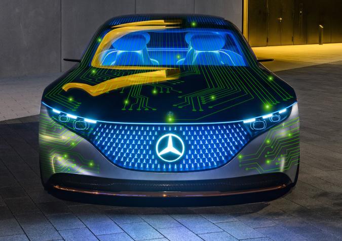 """Mercedes-Benz, einer der größten Hersteller von Premium-Fahrzeugen, und NVIDIA, der weltweit führende Anbieter von """"accelerated-computing"""", beabsichtigen bei der Entwicklung eines fahrzeuginternen Computersystems sowie einer KI-Computing-Infrastruktur zu kooperieren. Ab 2024 soll die neue Technologie über alle Mercedes-Benz Baureihen eingeführt werden, um Fahrzeuge der nächsten Generation mit upgrade-fähigen, automatisierten Fahrfunktionen auszustatten. Ziel der geplanten Zusammenarbeit ist es, eine der intelligentesten und fortschrittlichsten Rechnerarchitekturen für alle Mercedes-Benz Baureihen zu entwickeln. Die neue software-definierte Architektur basiert auf NVIDIA DRIVETM und wird in allen künftigen Mercedes-Benz Fahrzeugen zum Standard gehören, um moderne automatisierte Fahrfunktionen zu ermöglichen. // Mercedes-Benz, one of the largest manufacturers of premium passenger cars, and NVIDIA, the global leader in accelerated computing, plan to enter into a cooperation to create a revolutionary in-vehicle computing system and AI computing infrastructure. Starting in 2024, this will be rolled out across the fleet of next-generation Mercedes-Benz vehicles, enabling them with upgradable automated driving functions. Working together, the companies plan to develop the most sophisticated and advanced computing architecture ever deployed in an automobile. The new software-defined architecture will be built on NVIDIA DRIVETM and will be standard in Mercedes-Benz' next-generation fleet, enabling state-of-the-art automated driving functionalities."""
