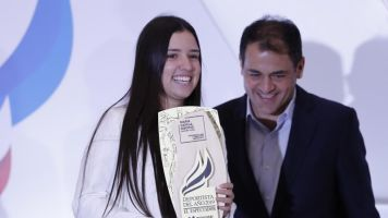 Ganar torneos de la WTA, la meta de la colombiana María Camila Osorio para 2020