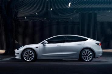 法國準車主已收到通知:中國製造特斯拉 Model 3 真的要外銷歐洲了