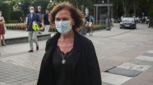 Efectos secundarios de la vacuna de la gripe: por qué es normal sufrir molestias, como Carmen Calvo