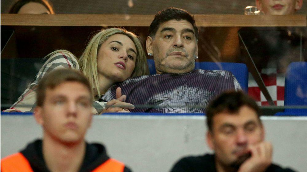 La novia de Maradona jugará en Excursionistas