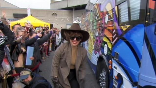 Lady Gaga 'Doing Great' After Surgery