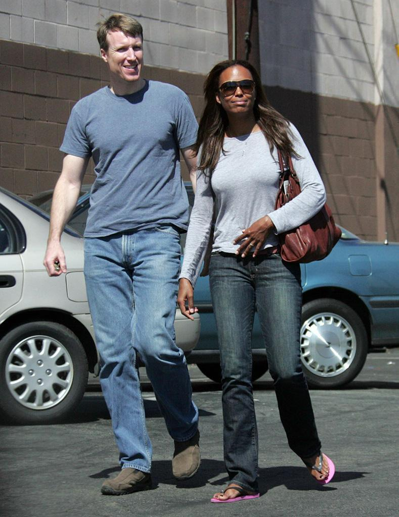 aisha tyler and her husband of 20 years are divorcing