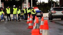 Oise : le sous-préfet de Clermont chahuté par des gilets jaunes lors d'une opération péage gratuit