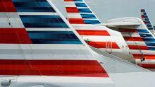 American Airlines envía 25.000 avisos de suspensiones laborales