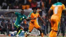 Pitch invasions end I.Coast-Senegal match early