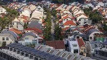 Worst Not Over for Singapore Property, Billionaire Kwek Says