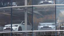 E-Autos: Tesla und VW liefern sich einen immer erbitterteren Wettlauf um China