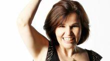Claudia Rodrigues faz live comemorativa e abre o coração: 'Virei uma bananinha nanica'