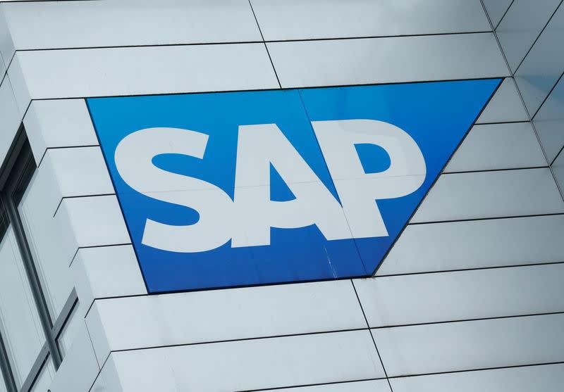 uitgebreide selectie laatste mode koop uitverkoop SAP welcomes Elliott's $1.3 billion investment; shares hit high