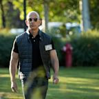 The biceps billionaire: Why it doesn't matter to Amazon's Jeff Bezos that he not the world's richest man any more
