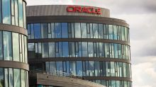 Oracle Falls On Report Clients Amazon, Salesforce Leaving The Fold
