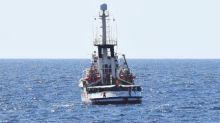 España envía un buque militar para recoger a los inmigrantes y escoltar al Open Arms hasta Mallorca