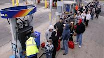 Power outages sparking long lines for gasoline