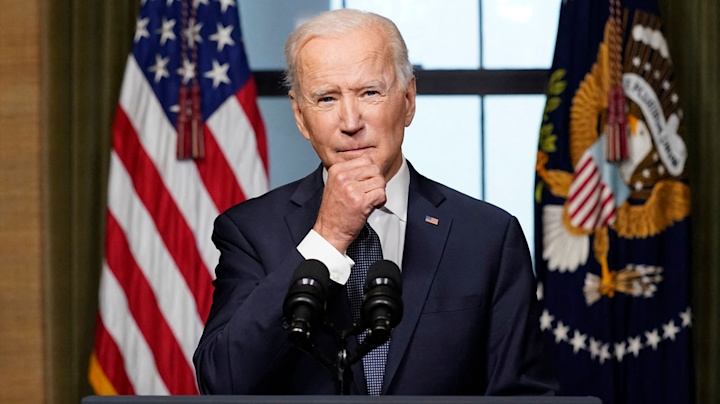 Biden shuns 'Obama 3.0' label, charts his own course