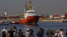 L'Aquarius: après une semaine d'errance en mer les 629 migrants arrivent à Valence
