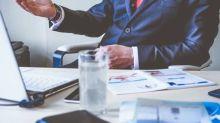 Crise de confiança leva 41% dos profissionais qualificados e empregados a procurarem novas oportunidades
