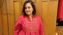 Saath Nibhana Saathiya's Vandana Vithlani Suffers Financial Crisis; Sells Rakhis To Make Money