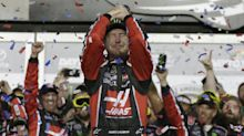 Kurt Busch steals monster victory by winning Daytona 500