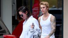 Selena Gomez y Justin Bieber en hot yoga