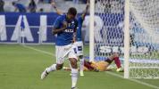 Raniel brilha, Cruzeiro vence e está nas semis do Campeonato Mineiro