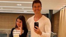 Rodrigo Faro veste calça feminina e filha sente vergonha