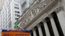 Stocks- Wall Street Rises Despite Political Uncertainty