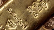 Gold forges record high as investors seek safety