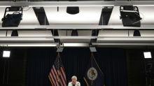 """Trump promete nominar """"bastante rápidamente"""" al nuevo presidente de la Fed"""