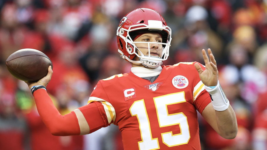 'Raised from the dead': NFL world goes bonkers over insane Patrick Mahomes feat