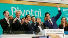 Pivotal Software stock plunges 40% after 'train-wreck quarter'