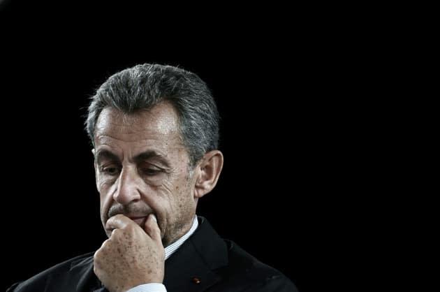 """""""Il faut garder son sang-froid"""": Sarkozy réagit à sa convocation comme témoin au procès des sondages de l'Elysée"""