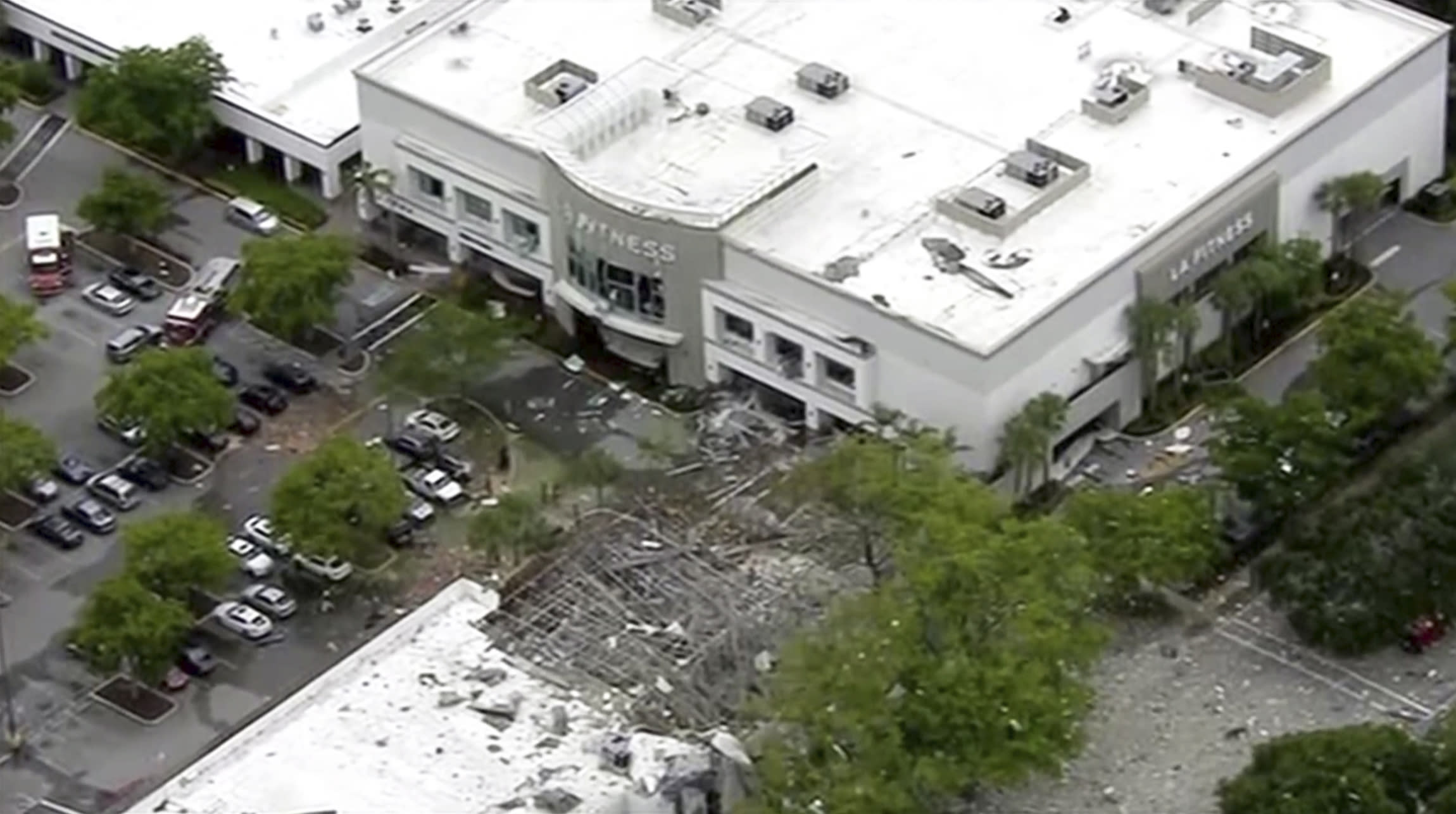 Injured in Explosion at Florida Mall