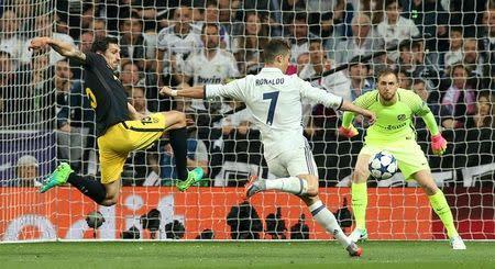 El Madrid golea al Atlético en semifinales de Champions con triplete de Ronaldo