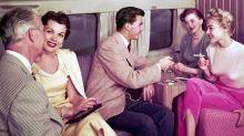 Cigarro e feijoada faziam parte da aviação no passado