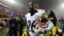 It's NFL franchise tag deadline day, which this year means ... not much