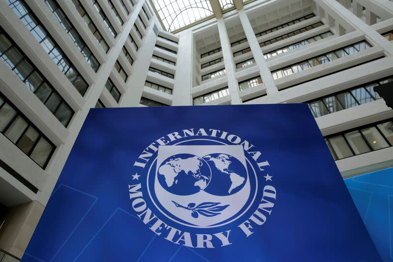 IMF urges Mexico's government to spend more, expand welfare
