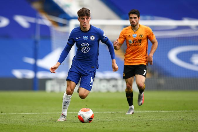 LONDON, ENGLAND - JULY 26:  Mason Mount of Chelsea in action during the Premier League match between Chelsea FC and Wolverhampton Wanderers at Stamford Bridge on July 26, 2020 in London, United Kingdom. (Photo by Craig Mercer/MB Media/Getty Images)
