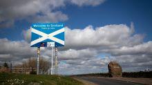 Nicola Sturgeon urges Scots to avoid travel to England