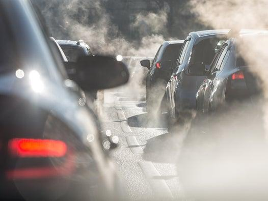 End of lockdown could trigger 'extreme' congestion and worse air quality as commuters swap public transport for cars