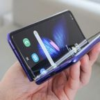 Samsung Galaxy Fold teardown reveals multiple design flaws