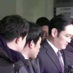 S. Korea seeks arrest of Samsung heir in probe