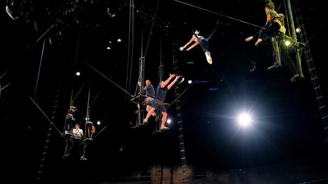 Veteran Cirque du Soleil aerialist dies after falling during show