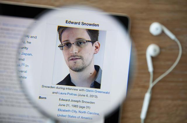 Snowden's preferred email provider, Lavabit, has been resurrected